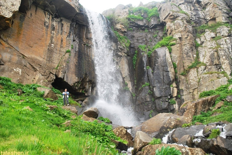 آبشار ورَزان – سوباتان